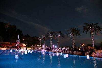 Incentive travel event at hotel pool bar 6