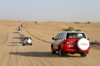 4 Wheel Drive Jeeps Traverse the desert on an incentive travel trip in Dubai
